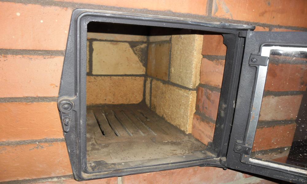 Кирпичная печь для гаража