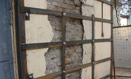 Усиление кирпичной стены